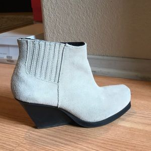 Cheap Monday Angle Low Suede Bootie